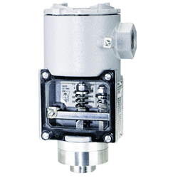 Picture of Dwyer pressure switch series SA1100